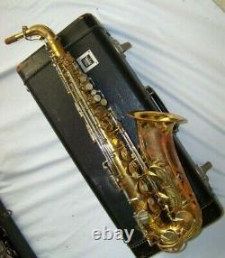 KING SUPER 20 ALTO SAXOPHONE orig. Lacquer, good pads, orig. Case PLAYS GREAT