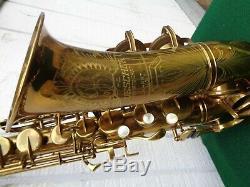 SPECTACULAR Buescher Big B alto sax 1945