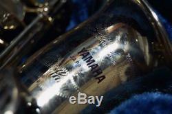 YAMAHA YAS-61 Professional Alto Saxophone with Original Case MINT Condition